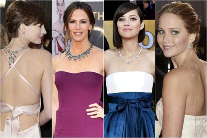 famosas con collar accessorize