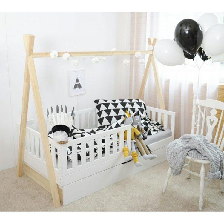 jugamos a los indios cama tipi as es la moda. Black Bedroom Furniture Sets. Home Design Ideas