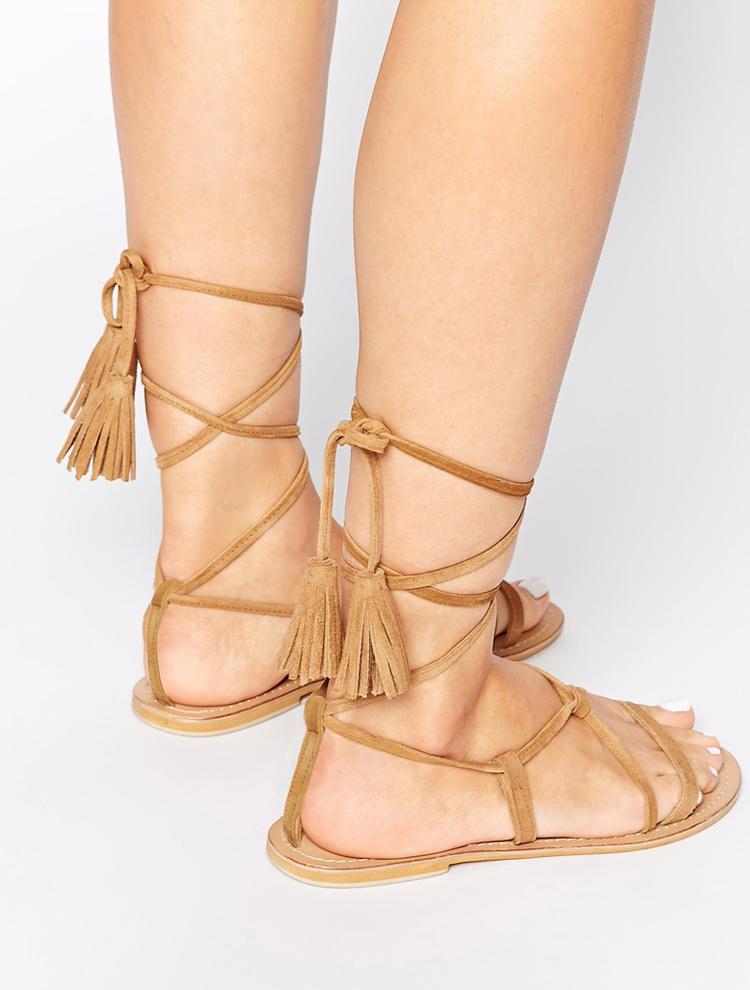 Sandalias romanas con borlas de Asos