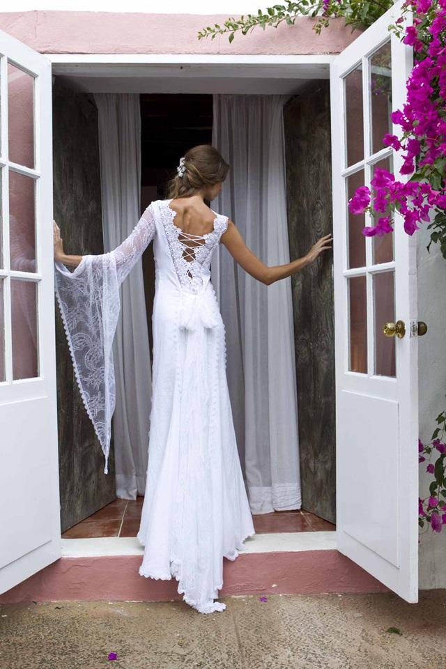 novias-estilo_ibicenco-charo_ruiz-vestido_novia_campestre-wedding_planner_a_trendy_life-organización_bodas_Zaragoza003