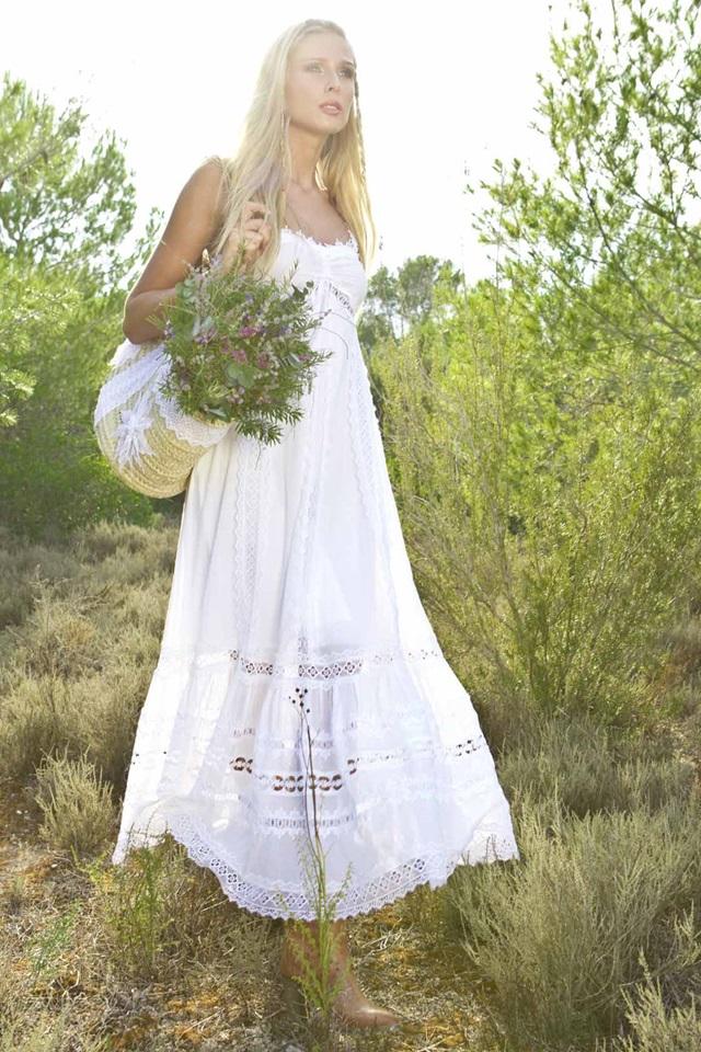 novias-estilo_ibicenco-charo_ruiz-vestido_novia_campestre-wedding_planner_a_trendy_life-organización_bodas_Zaragoza012