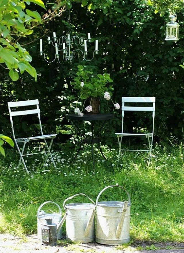 decorar con flores - regaderas - deco - bodas-3