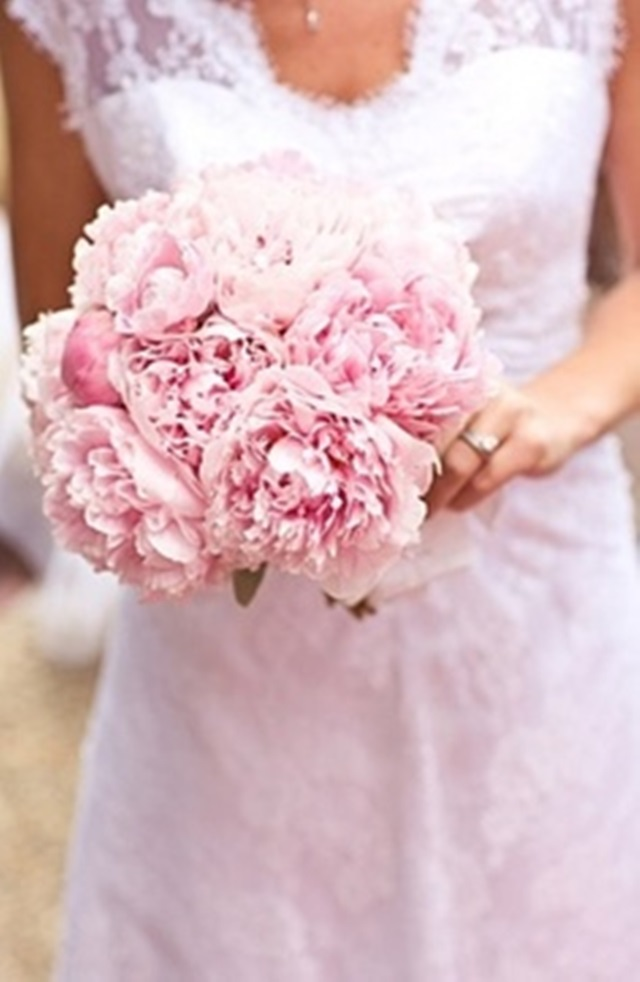 flowers-weddings-peonias_rosas-a_trendy_life001