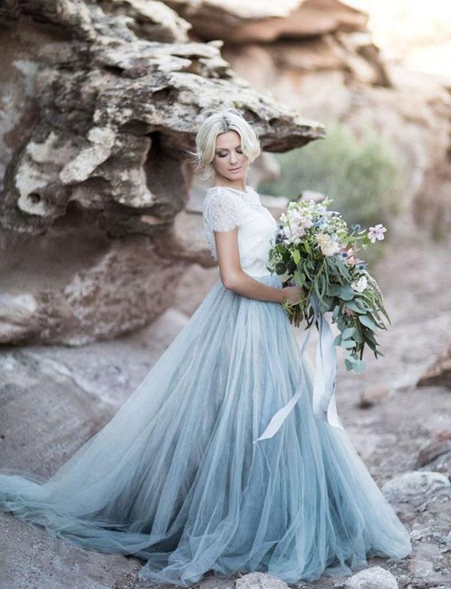 Vestido novia con azul