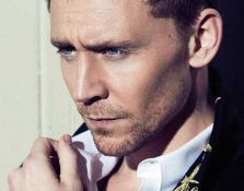 Tom Hiddleston en calzoncillos