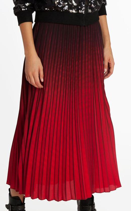 faldas midi cómo combinarlas con bdba. Falda roja degradada