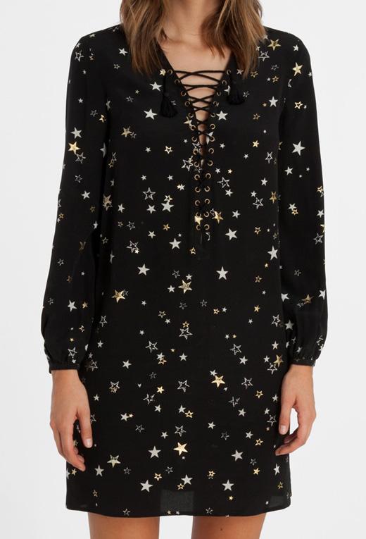 ropa con estrellas de bdba. Vestido con tiras en el escote