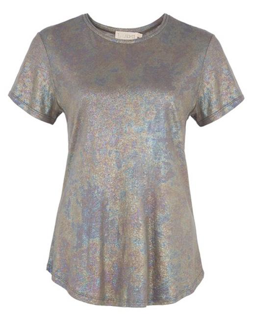 ropa metalizada, camiseta plateada manga corta