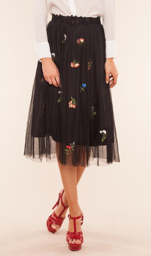vestidos y faldas de tul de BDBA negro