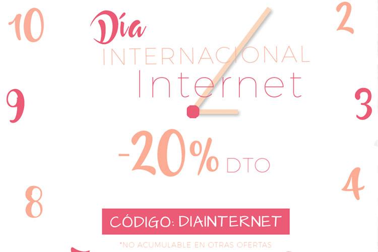 camiseta blanca día de Internet en BDBA
