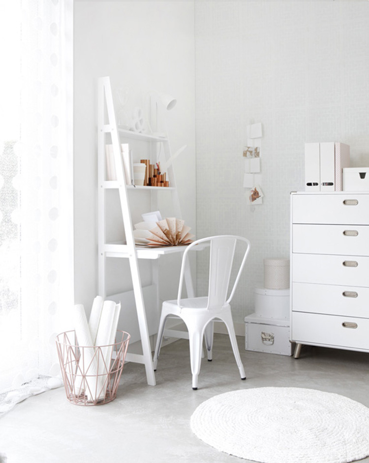 1-white-scandinavian-interiors-pink-decoracion-escandinava-nordica_zps40e11ecf