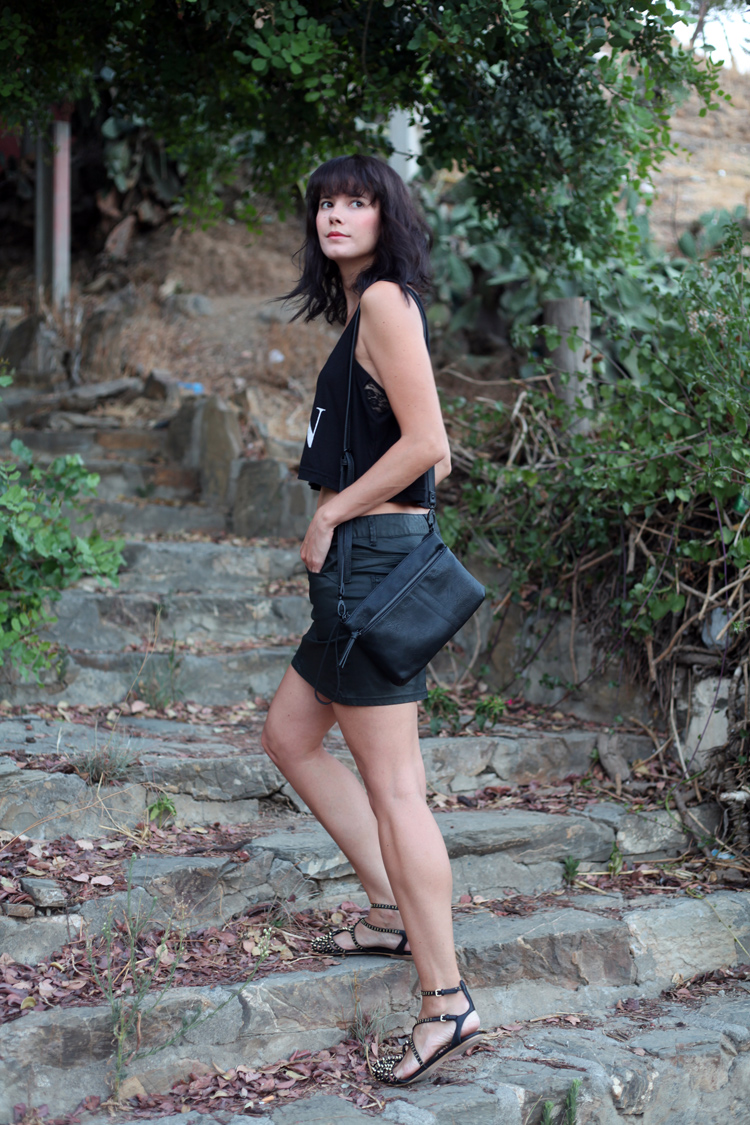 total_look-black-checosa01