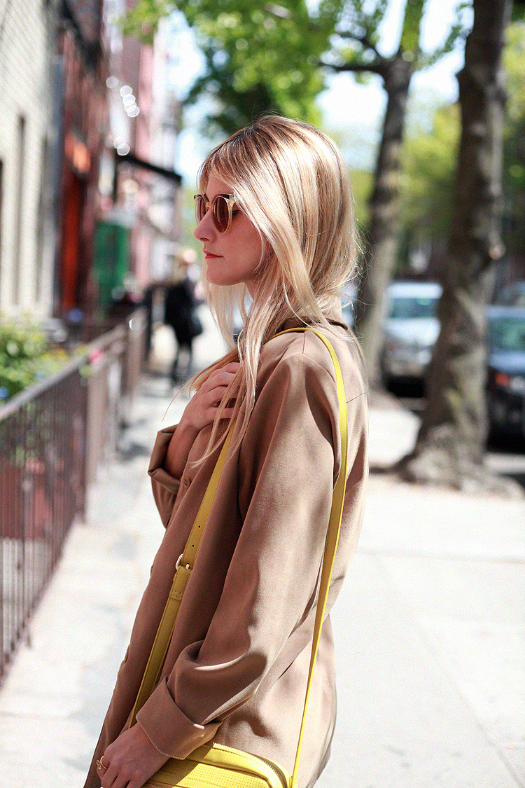 lara_sicilia-look_of_the_day-travel_outfit-new_york-brooklyn-checosa03