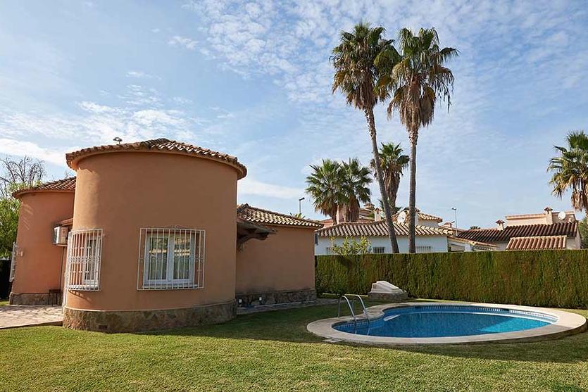 Alquiler de villas en Oliva Nova y Denia