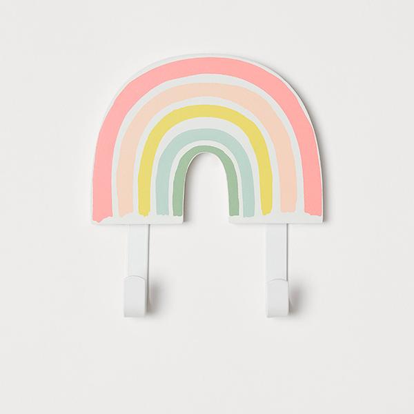 Colgador con forma de arcoíris