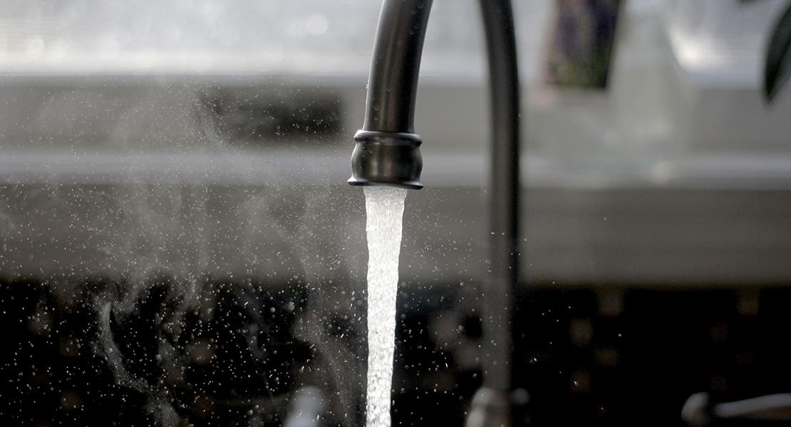 gastar menos agua grifo