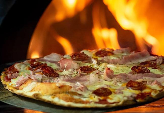 La Trattoría restaurantes para San Valentin en Oilva Nova