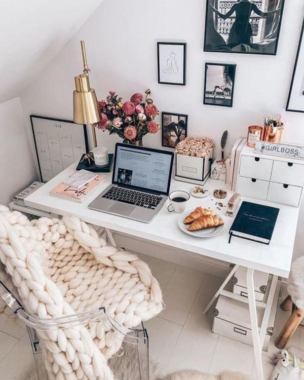 decoración girly oficina