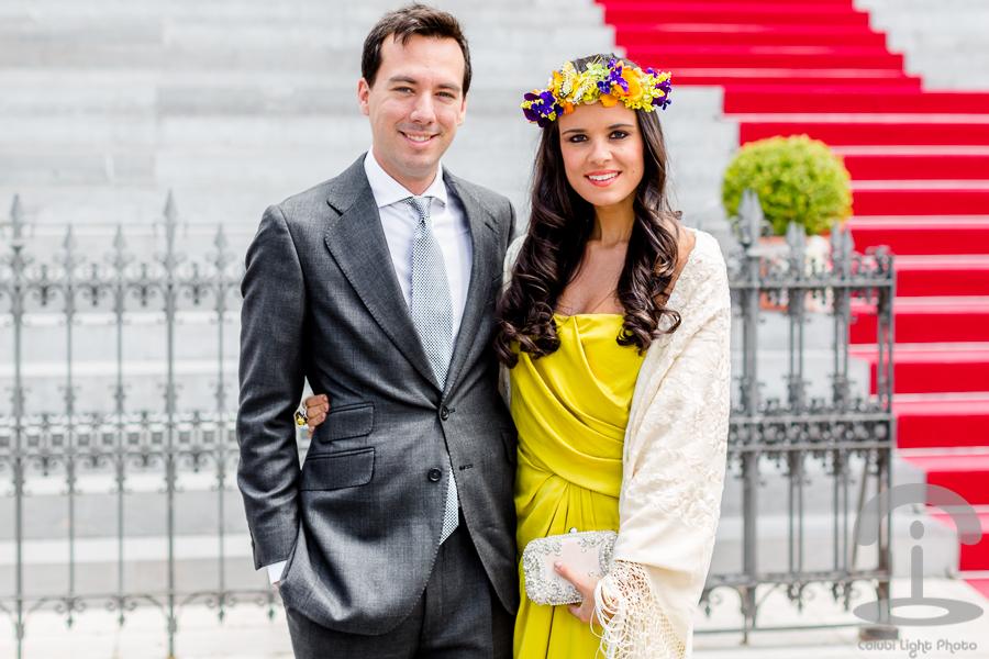 Look de boda con vestido de Halston Heriitage Crimenes de la Moda