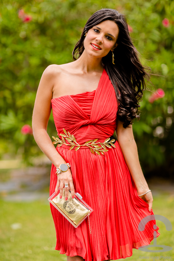 revisa 6af09 f78df Look de boda con vestido rojo de Halston Heritage Sin ...