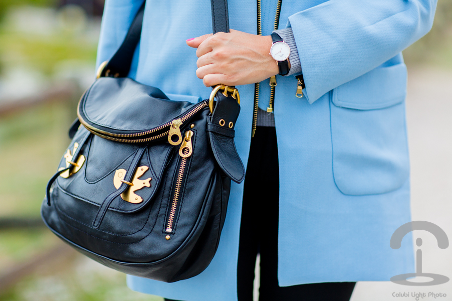 Baby blue coat Crimenes de la Moda