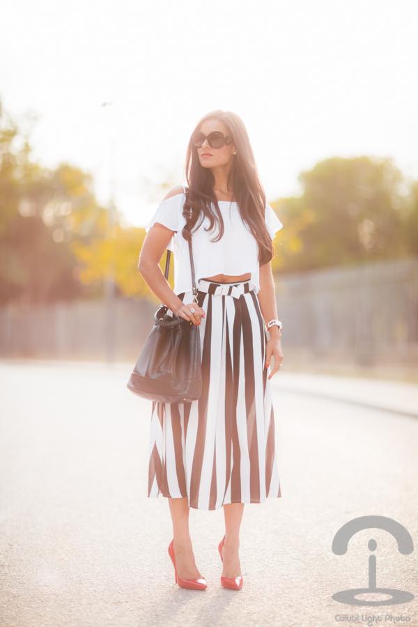 Striped skirt Falda de rayas blanco y negro Crimenes de la Moda