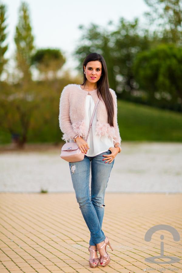 Chaqueta con plumas feather pink fluffy jacket Crimenes de la Moda