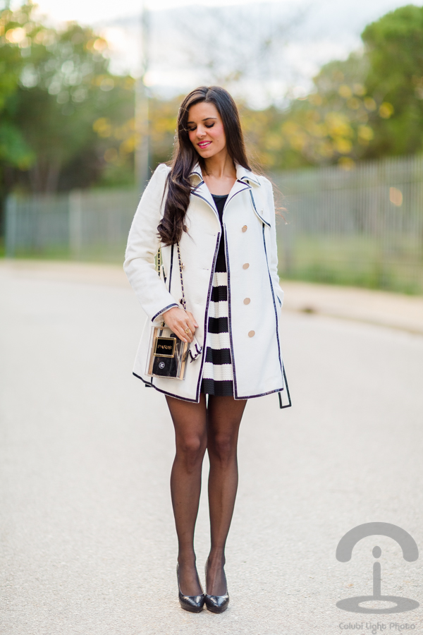 Black & White Trench Crimenes de la Moda