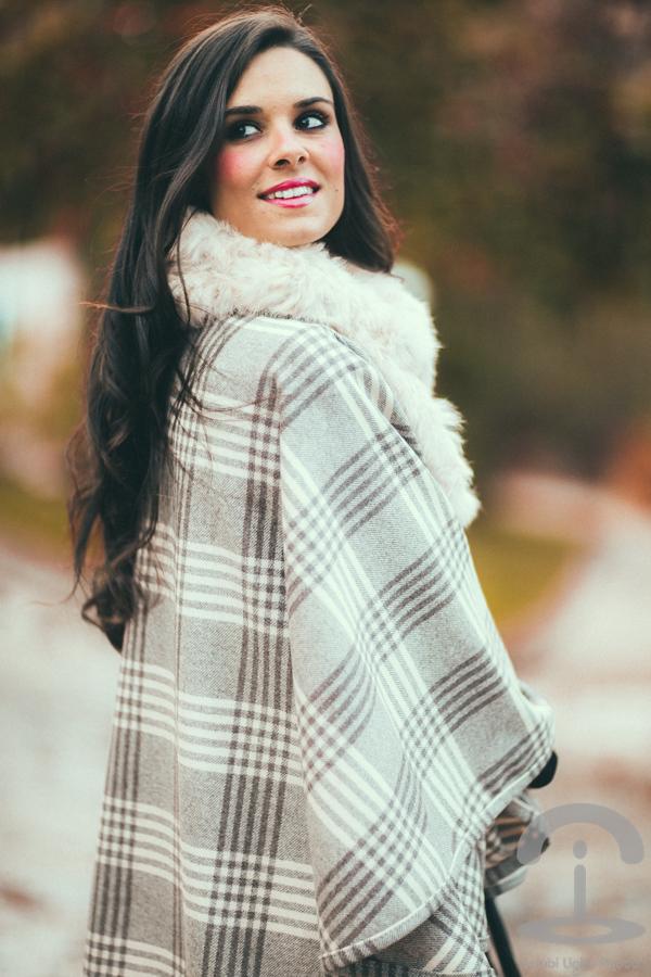 Plaid Cape capa de cuadros escoceses Crimenes de la Moda