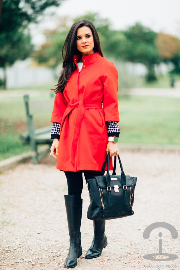 Red coat & Hounstood Abrigo rojo Pata de gallo Crimenes de la Moda