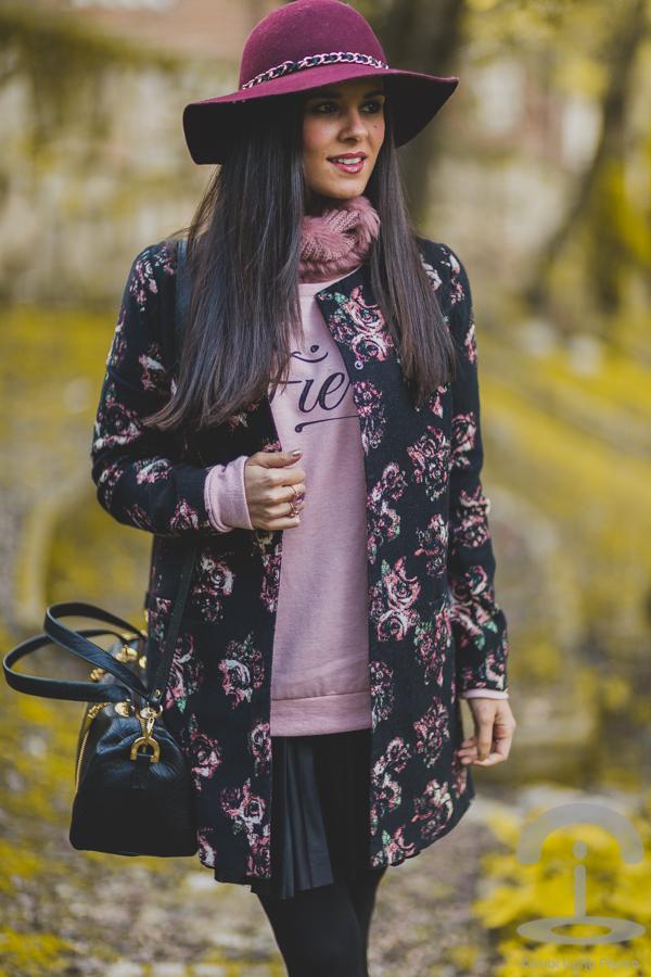 Jacquard Print Coat Crimenes de la Moda