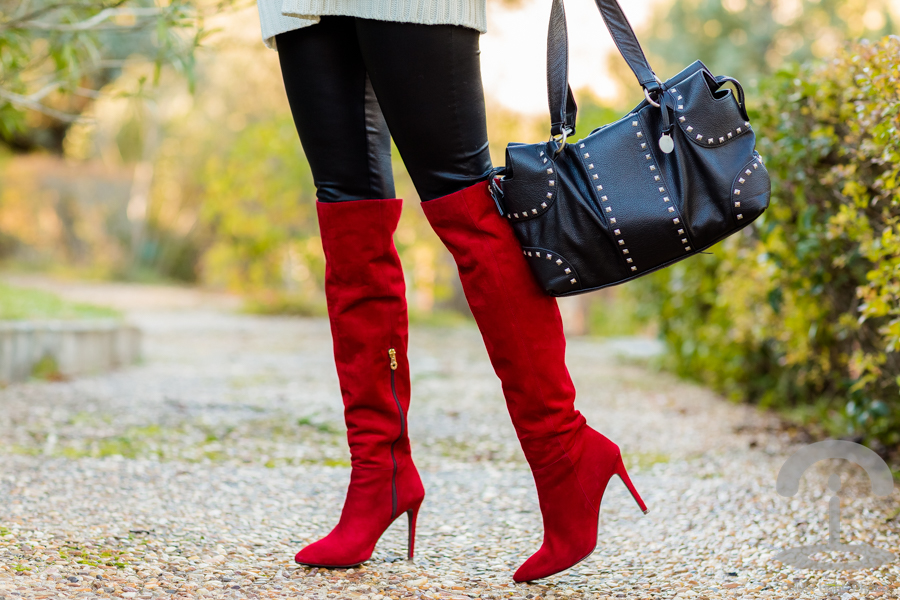 Red Boots Botas Rojas Pedro Miralles Crimenes de la Moda