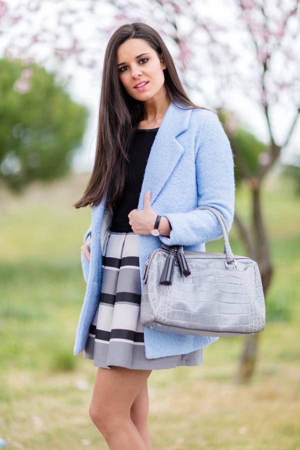 Baby blue coat abrigo azul celeste Crimenes de la Moda