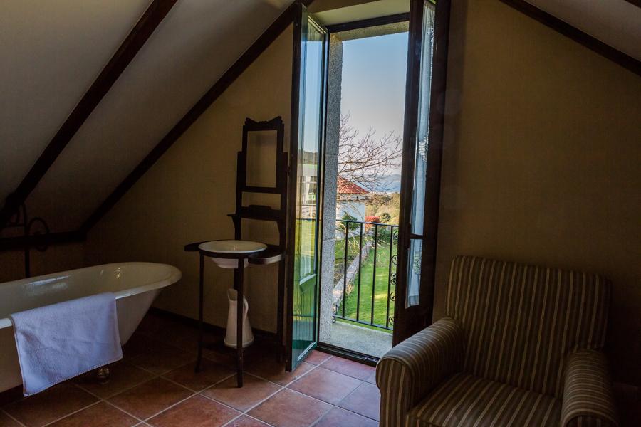 Hotel rústico A Torre de Laxe La Coruña Galicia Crimenes de la Moda