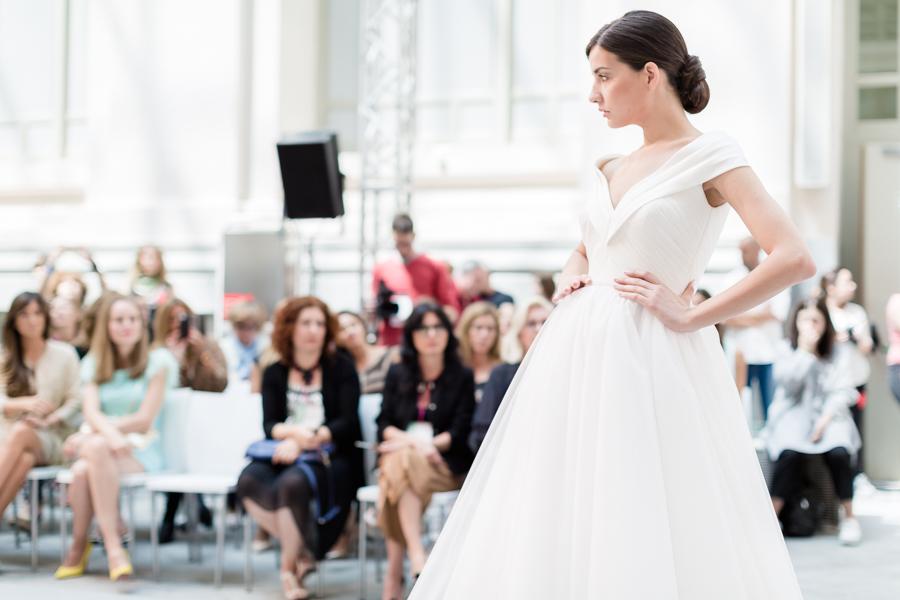 Hannibal Laguna desfile novias Palacio de Cibeles Madrid Crimenes de la Moda