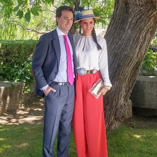 Instagram mayo @crimenesmoda @ramoncolubi Crimenes de la Moda