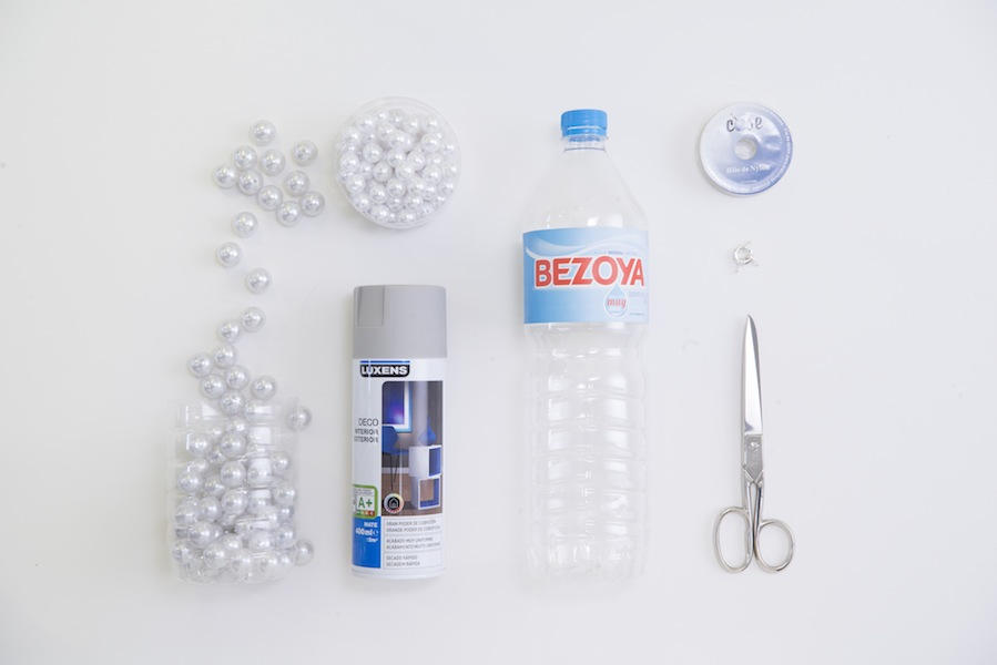 DIY Collar con abalorios y plástico Bezoya Crimenes de la Moda