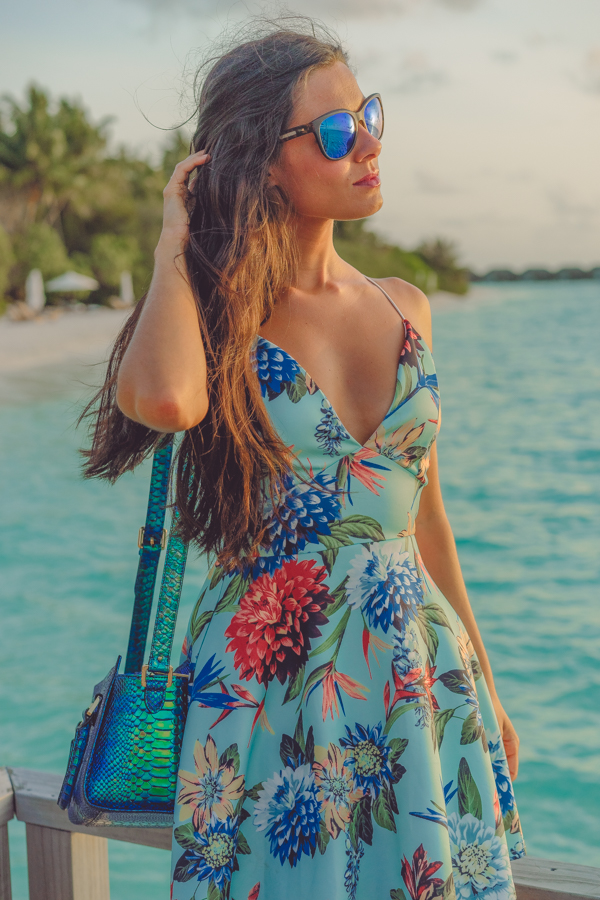 Tropical mini dress Velassaru Maldives Maldivas Crimenes de la Moda
