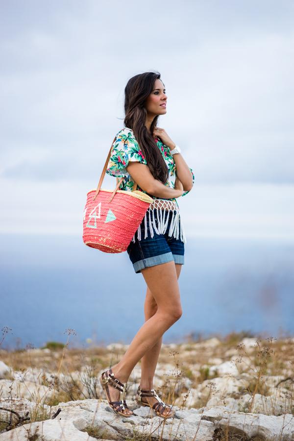 Blusa con flecos tropical blouse Javea Cabo de San Antonio Crimenes de la Moda