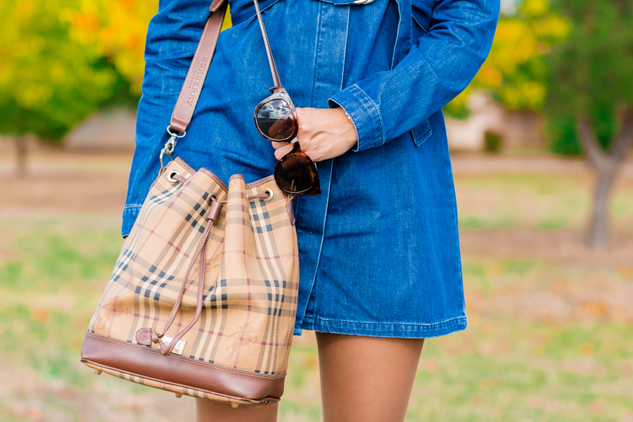 Denim dress Vestido vaquero bolso Burberry Bag Botas Mebur Boots Crimenes de la Moda