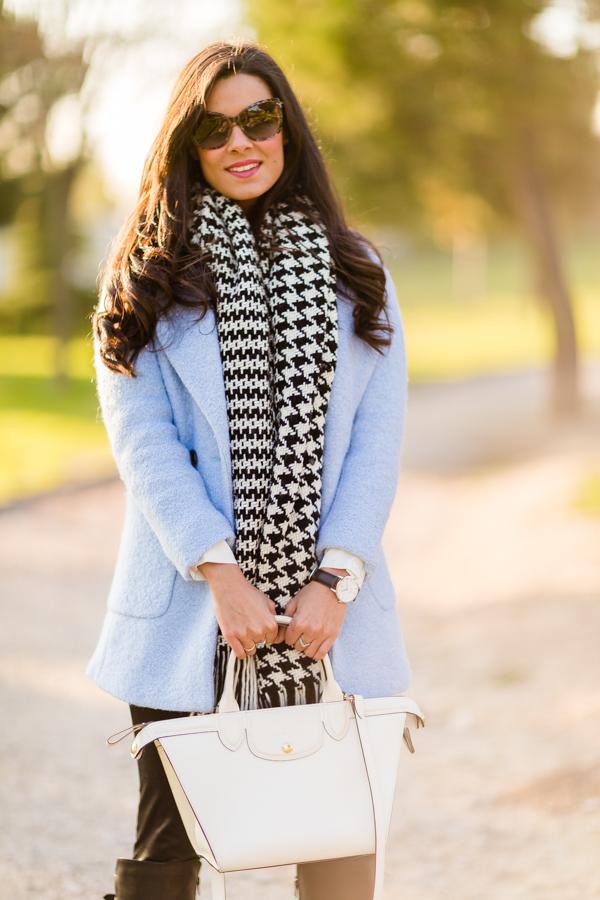 Baby Blue Coat abrigo azul celeste de lana bufanda pata de gallo houndstood scarf bolso le pliage heritage Longchamp tote reloj Daniel Wellington watch