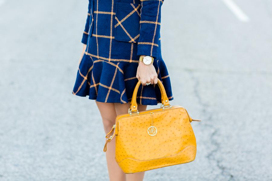 Vestido de cuadros tartan plaid dress bolso Bimba y Lola amarillo botines Pedro Miralles boots reloj Cluse watch Crímenes de la Moda blog
