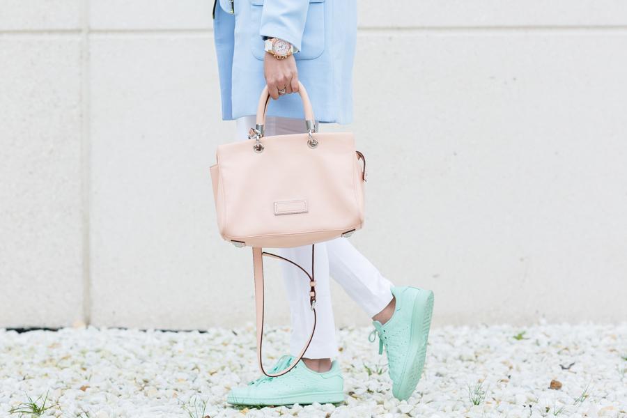 Tonos pastel tendencia 2016 soft colors Adidas Stan Smith mint soft pastel colors Footlocker bolso rosa Marc Jacobs pink handbag Crimenes de la Moda blog