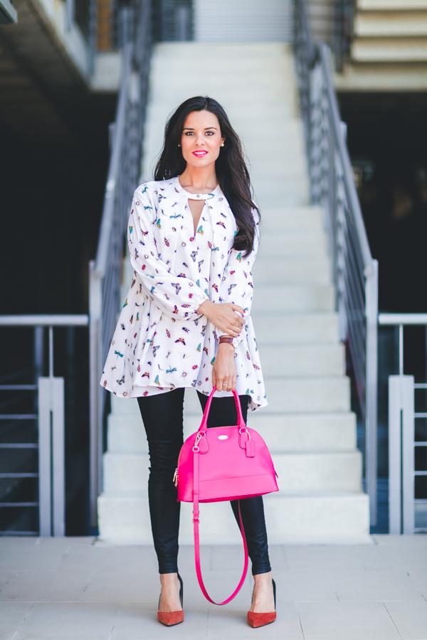 Spring blouse camisa primavera 2016 zapatos tacón Zara shoes bolso rosa fucsia Coack pink handbag Crimenes de la moda blog Maria Jesus Garnica Navarro