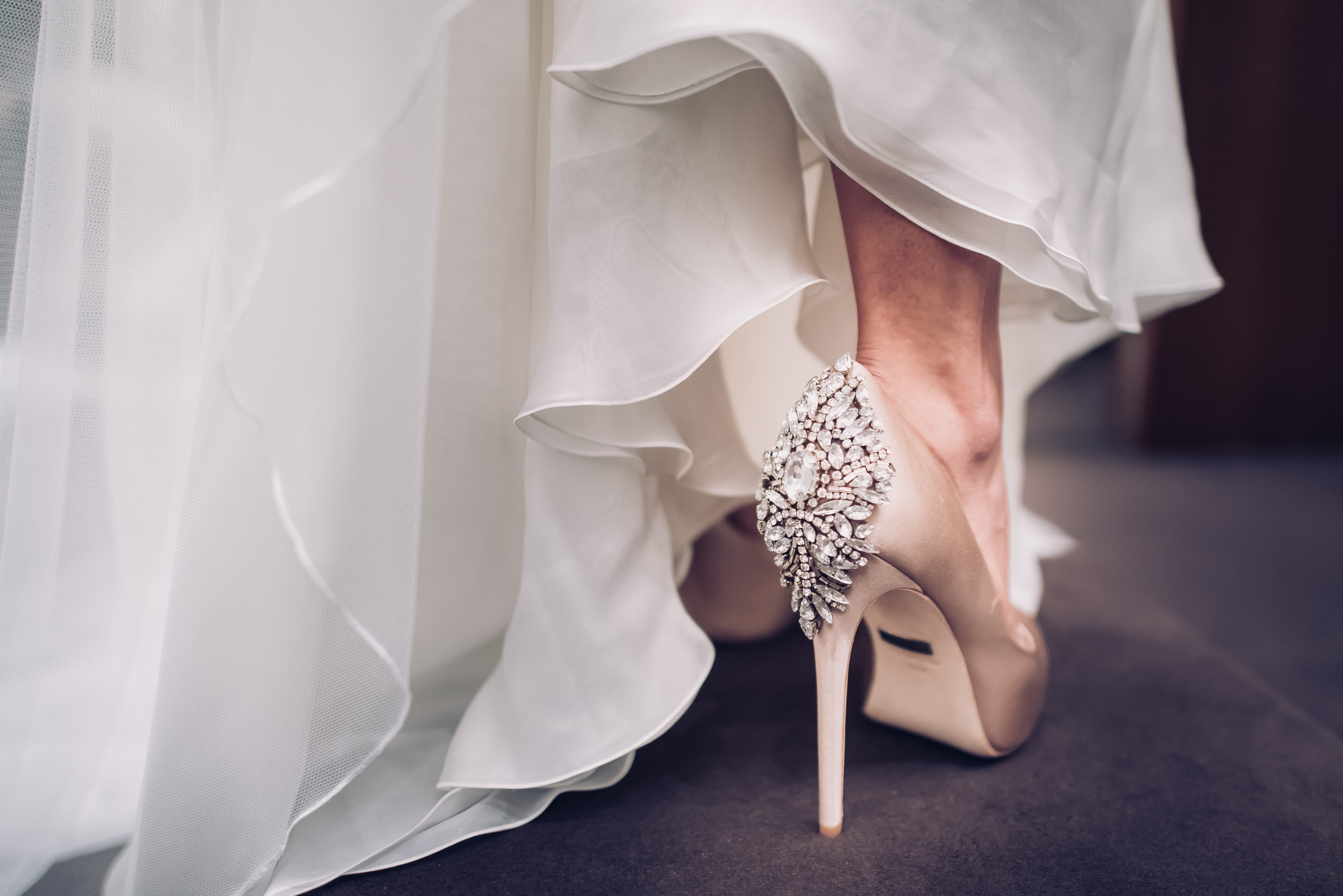 Mi vestido de novia de Hannibal Laguna Crimenes de la Moda Maria Jesus Garnica Navarro fotografías boda Will Marsala