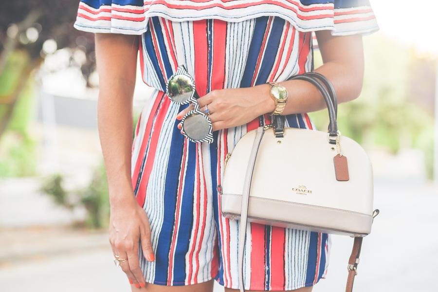 Mono de rayas striped playsuit bolso Coach bag Crimenes de la Moda blog Maria Jesus Garnica Navarro