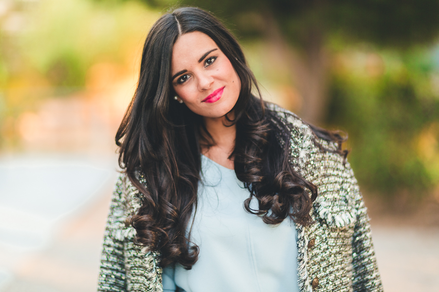 Working girl look para ir a trabajar otoño fall 2016 chaqueta de tweed jacket blusa azul celeste mangas acampanadas bolso Coach bag Crimenes de la Moda blog Maria Jesus Garnica Navarro