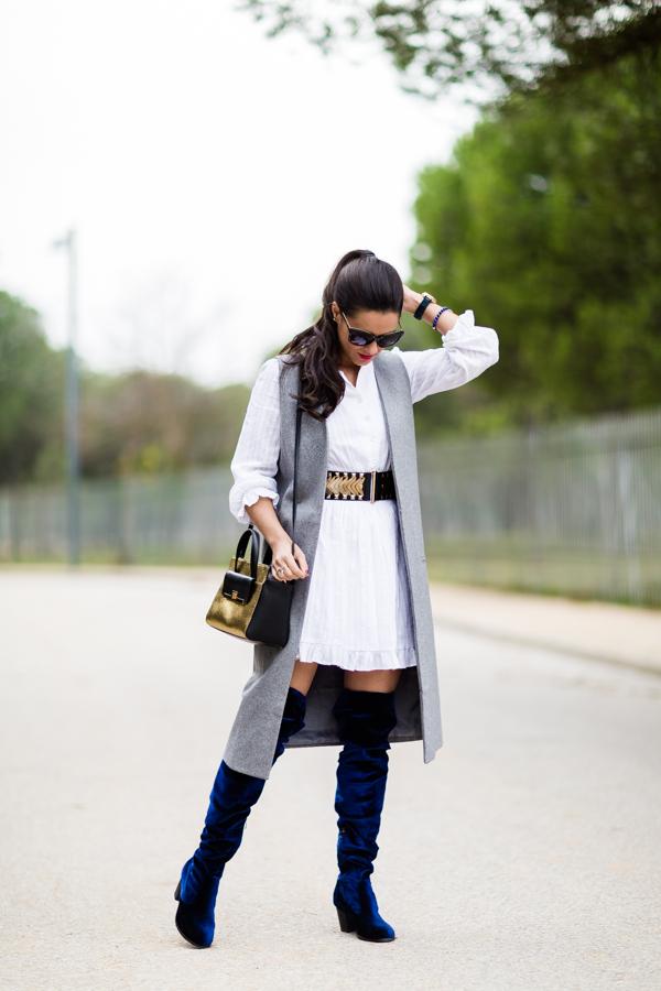 Blue velvet over the knee boots botas mosqueteras terciopelo azul Crimenes de la Moda blog Maria Jesus Garnica Navarro