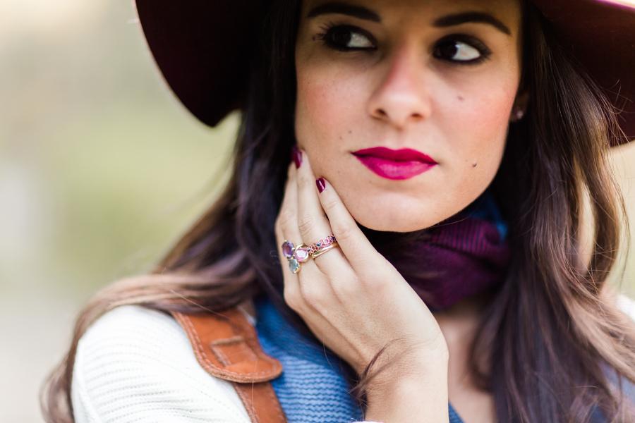 Burgundy details accesorios burdeos look de otoño autumn outfit Crimenes de la Moda blog Maria Jesus Garnica Navarro