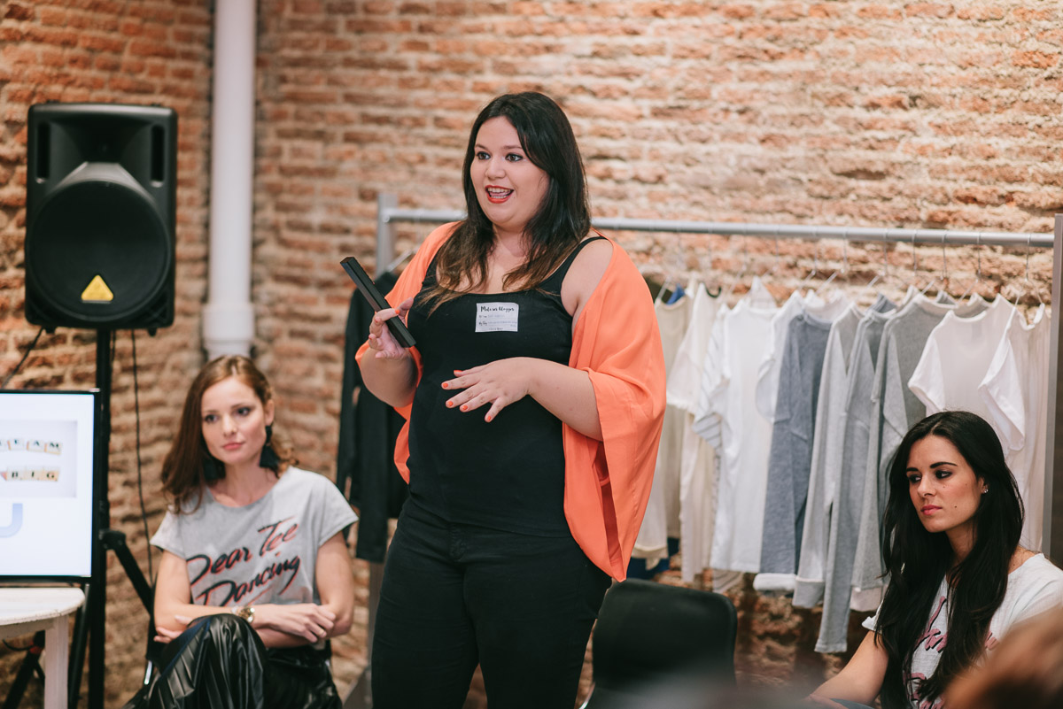 Evento Mola Ser Blogger #molaserblogger Fashion in the Street Crimenes de la Moda blog Dear Tee Maria Jesus Garnica Navarro Ramon Colubi